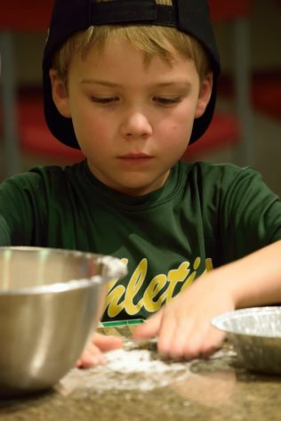 Kid's Pie Making Class 9.19.15-123