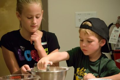 Kid's Pie Making Class 9.19.15-133