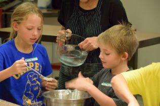 Kid's Pie Making Class 9.19.15-150