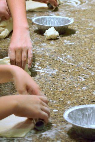 Kid's Pie Making Class 9.19.15-209