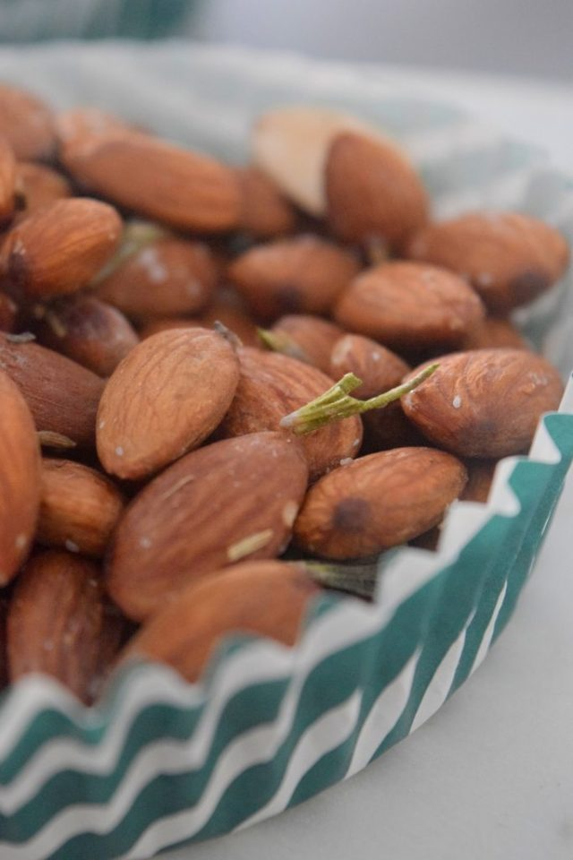 Rosemary Lavender Candied Almonds-012