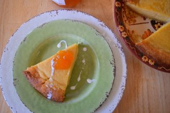 Country Cottage Peach Pudding Pie-025