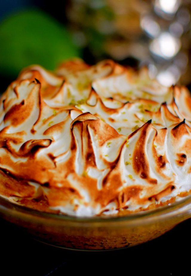 Fancy Keylime Meringue Pie-002