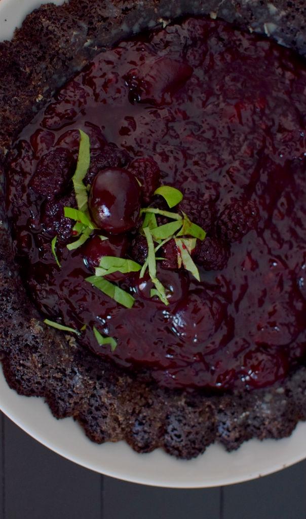Chocolate Cherry Berry Tiara Cake-018