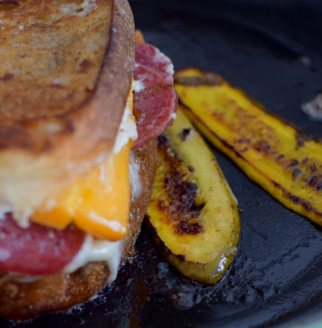 smoked-cheddar-salami-grilled-cheese-010