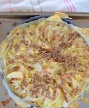 flaky-apple-pecan-tart-024