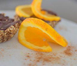 raw-orange-spiced-chocolate-tartlette-014