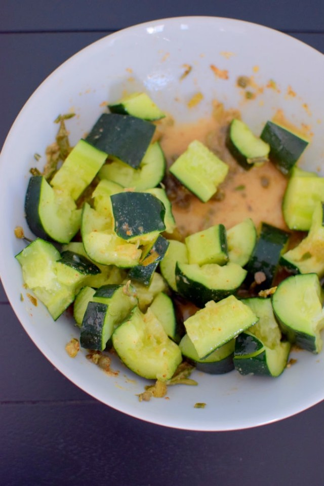 spicy-smashed-cucumber-pickle-salad-004