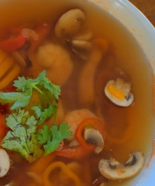 spicy-thai-lemongrass-shrimp-soup-005