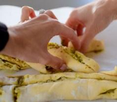 parmesan-pesto-pinwheel-pastry-wreath-029