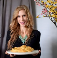 parmesan-pesto-pinwheel-pastry-wreath-048
