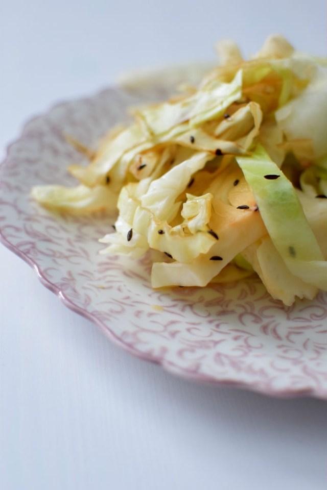 vanilla-caraway-braised-cabbage-001