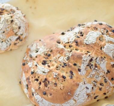 Rustic Artisan Honey Currant Bread-006