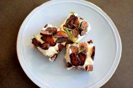 Vanilla Fig Rosemary Cheesecake BARS-018