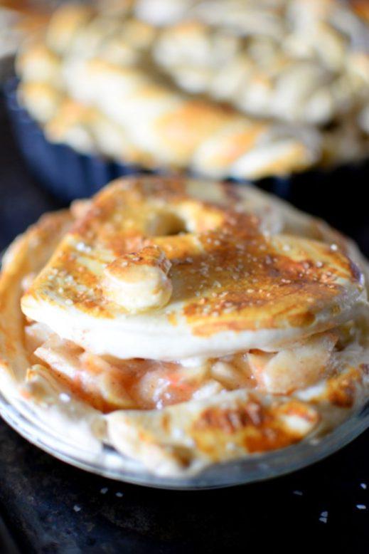Pretzel Apple Pie-015
