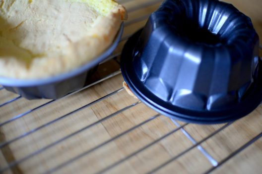 Coconut Macaroon Cake-017
