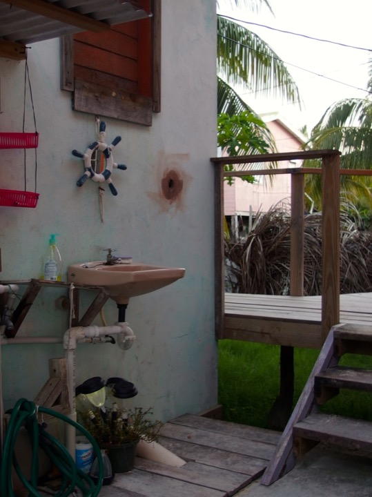 Outdoor Sink Belize