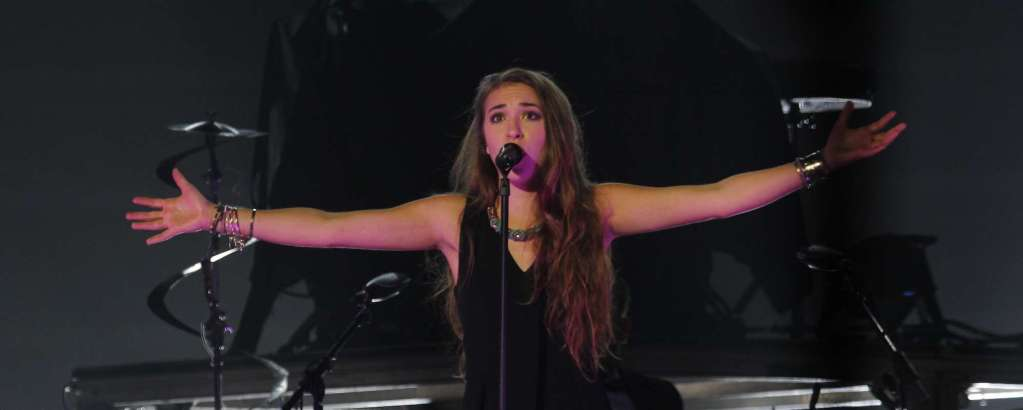 Lauren Daigle at Golden 1 Center