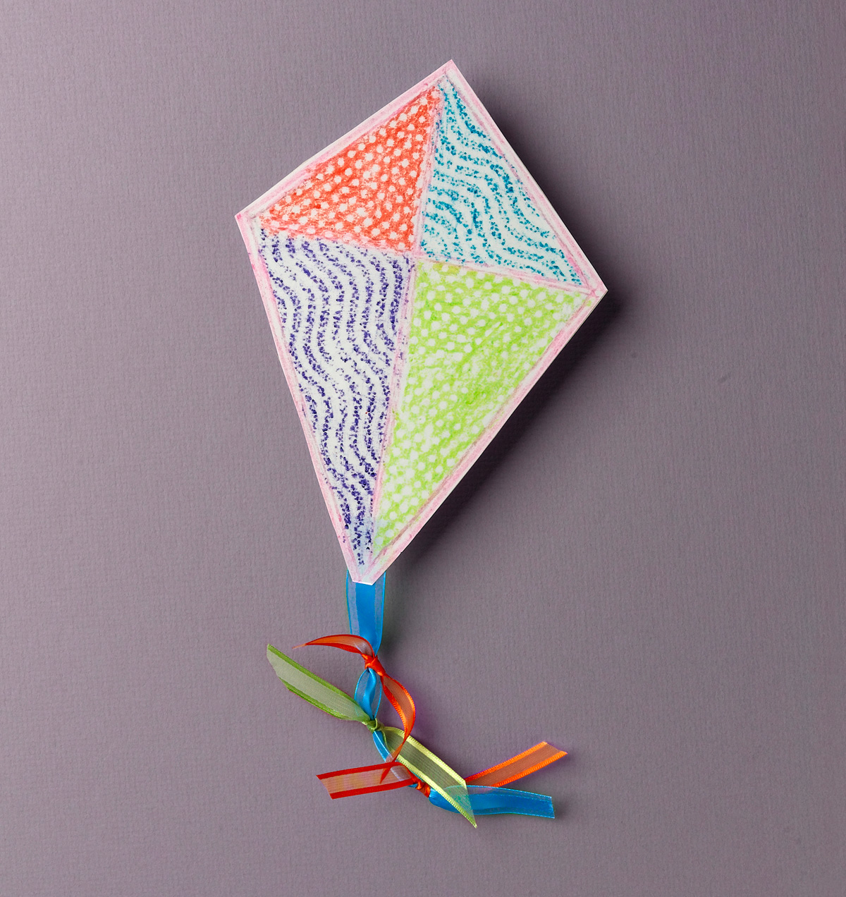 Texture Rubbing Mini Kite Crayola Com