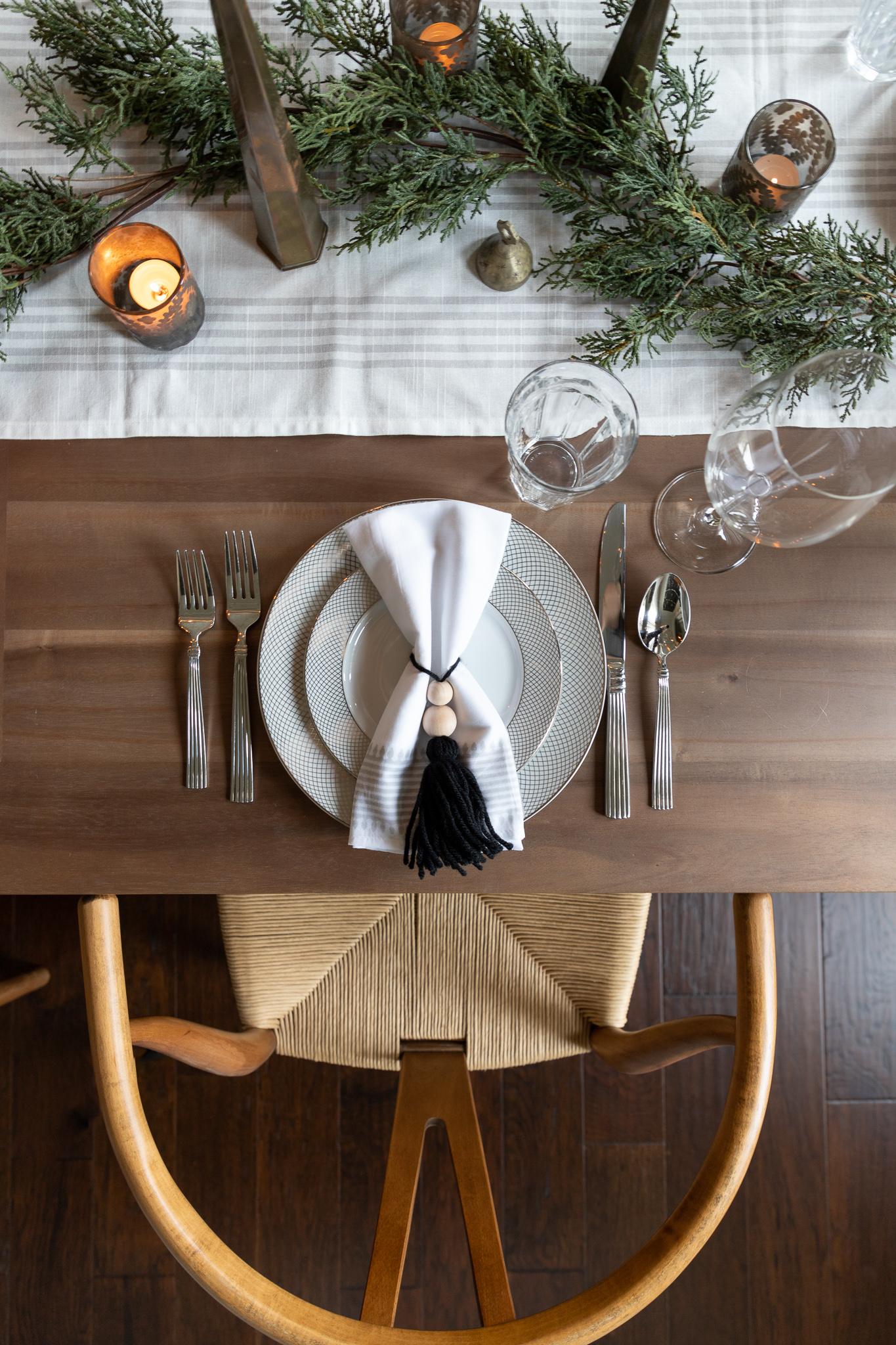 Serena & Lily Brela napkins, modern Christmas tablescape ideas