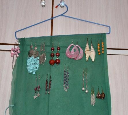 Ways to Organise Earrings