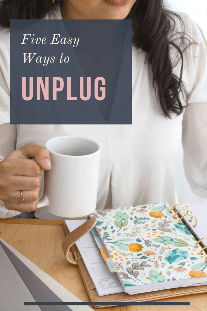 Five Awesome Ways to Unplug and Gain Control of your Life #happy #unplug #socialmedia #mindful #howtounplug #bepresent #family #work