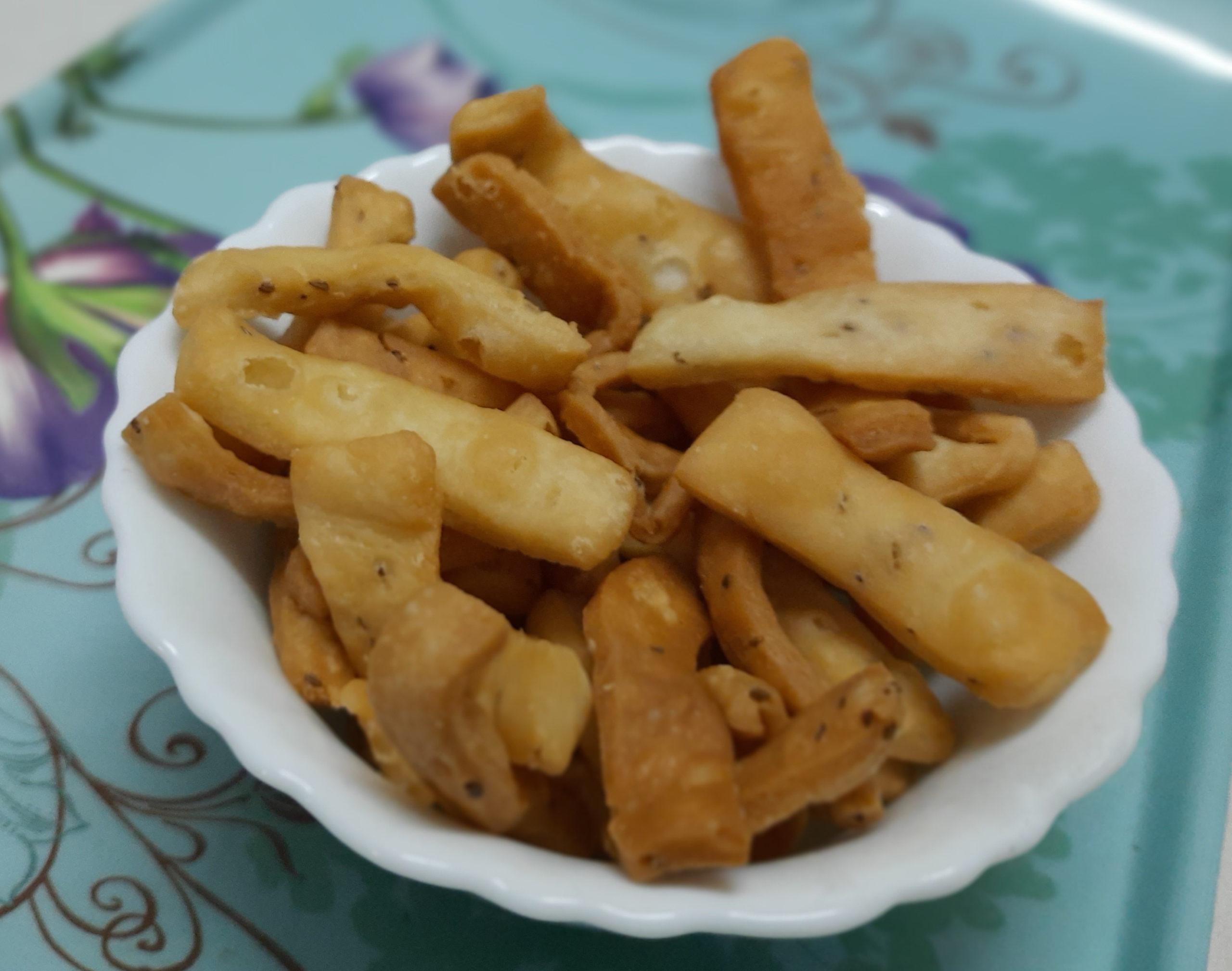 Namak Pare Recipe – step by step