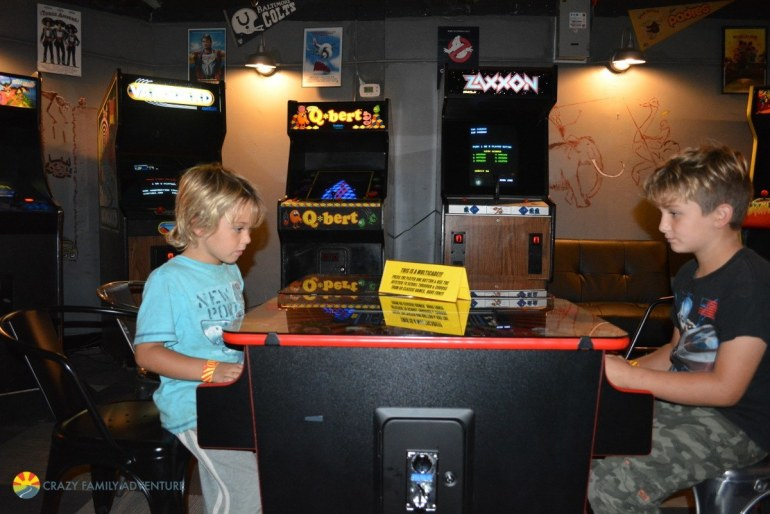 Kids activity in Asheville - Asheville Pinball Museum