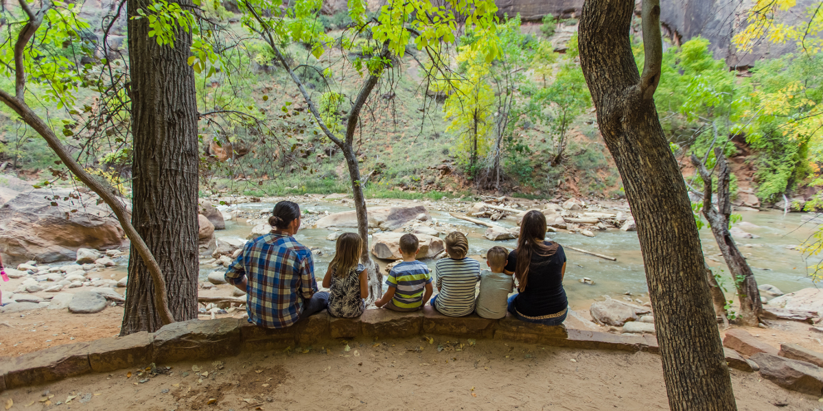 8 Tips For Deepening Your Family Bond On Vacation (From A Full Time Traveling Family)