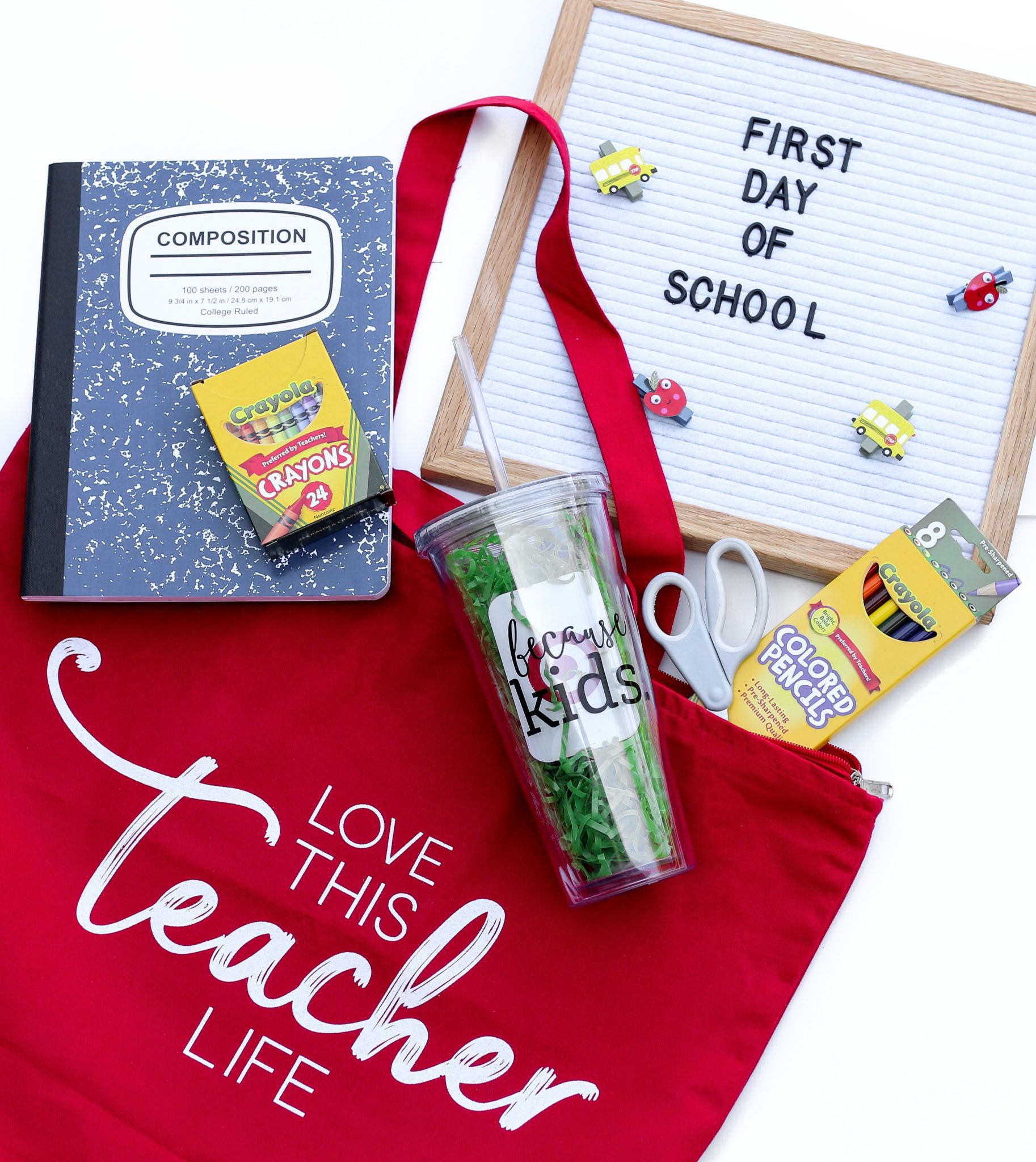 Stock up on back to school supplies from Oriental Trading and give your teacher an adorable teacher appreciate gift with one of these fun, free printable tags! Back to School Supplies, First day of School, Pre-K, Kindergarten, Teacher Appreciation Gifts