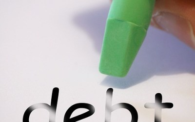 Eight Tips for Paying Off Debt FAST!