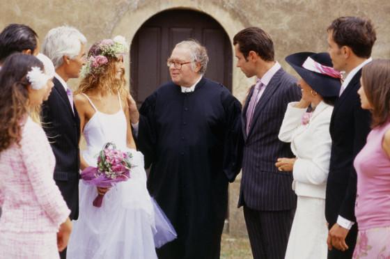 Diferencia entre testigos y padrinos de boda.