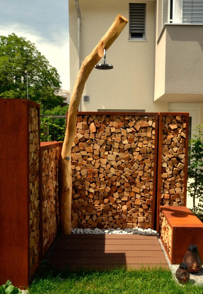 Pooldusche  Holz Dusche fr den Garten mit Sichtschutz