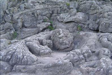 Le sculture nella roccia di Rothéneuf