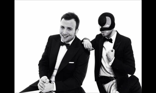 Liberi o no – Raphael Gualazzi & The Bloody Beetroots