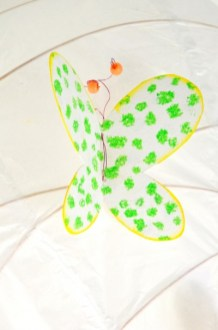 diy-lustre-deco-papillons-Creamalice