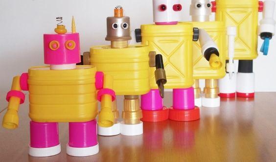 Upcycling-Robots-Cicia-Hartmann