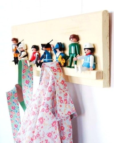 diy-porte-manteaux-Playmobil