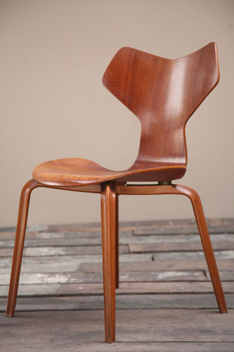 vintage bentwood chairs lawn chair with canopy grand prix by arne jacobsen | cream and chrome