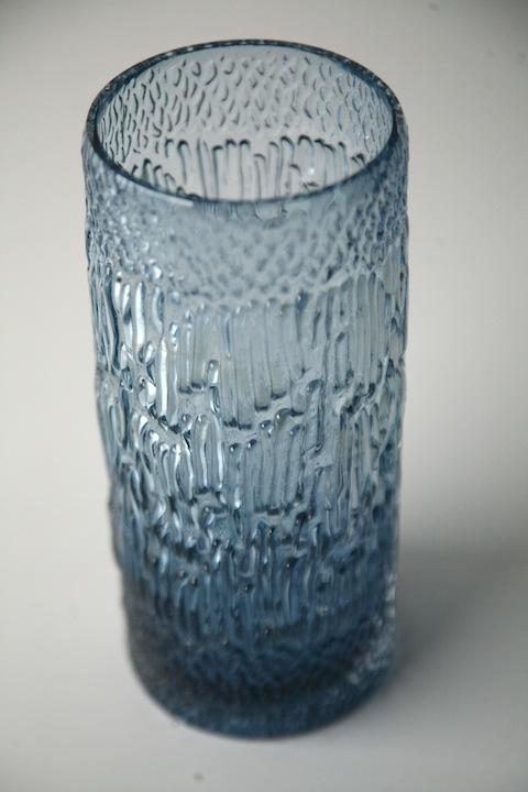 high desk chair kids bedroom glass vase ronald stennett willson for wedgwood | cream and chrome