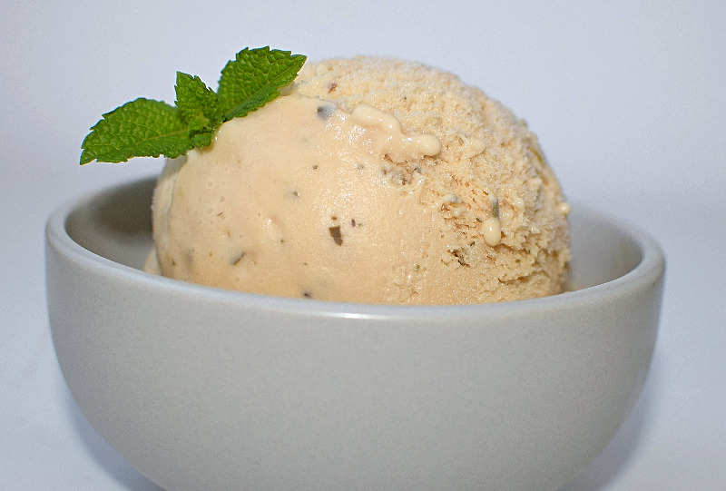 cinnamon mertyl ice cream