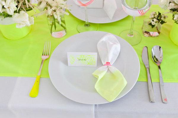 Neon wedding table setting