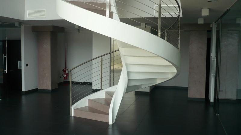 Home  Pavimenti in resina e rivestimenti in microcemento