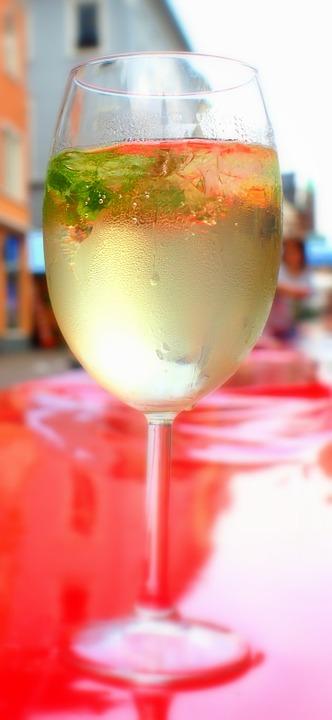 drink-892646_960_720.jpg