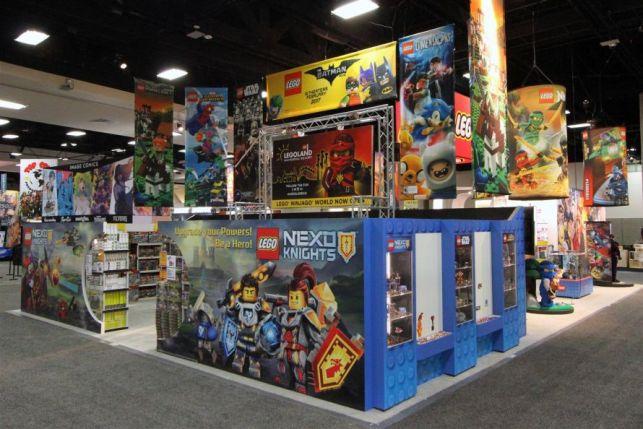 Graffiti Wall - LEGO San Diego Comic-Con 2016