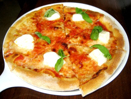 Margherita Pizza at Hostaria del Piccolo
