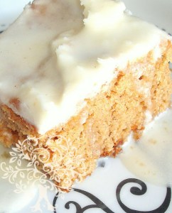 Healthy Applesauce Spice Cake