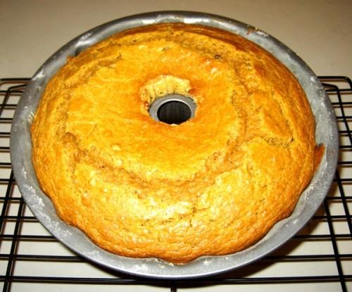 4-Pumpkin-Spice-Bundt-Cake-With-Vanilla-Glaze-ForRent.Com-600-499