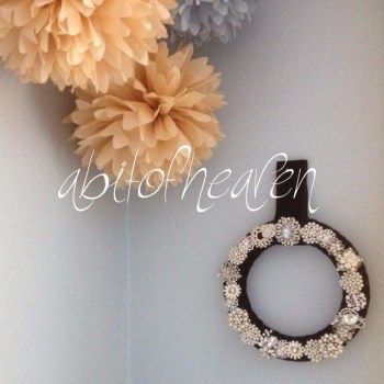 Rhinestone Broach Wreath