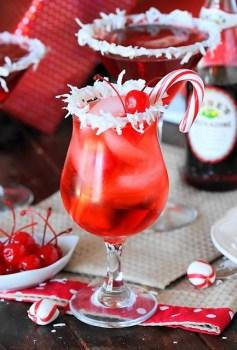 Santas-Hat-Shirley-Temple-Mocktails